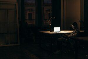 sposoby na pracę w nocy